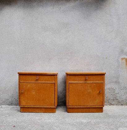 Paire de tables de chevet années 40