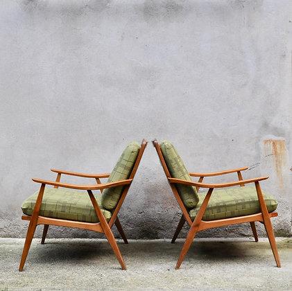 Paire de fauteuils tchèques années 50