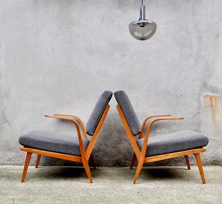 Paire de fauteuils ULUV PRAHA années 50