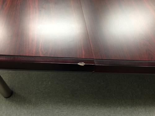 会議テーブル傷補修