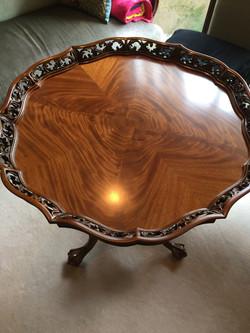 クラシックテーブル塗装修理