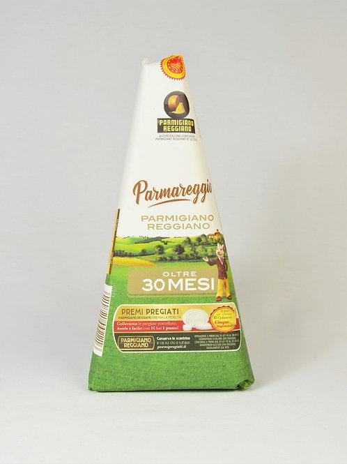 sir Parmigiano Reggiano zorjen 30 mesecev 250 g