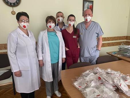 Афіна підтримала онкоцентри засобами індивідуального захисту від COVID-19