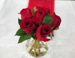 Fresh rose centerpiece