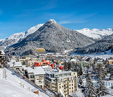 Team Now's Team Building and Experiential Learning in Davos
