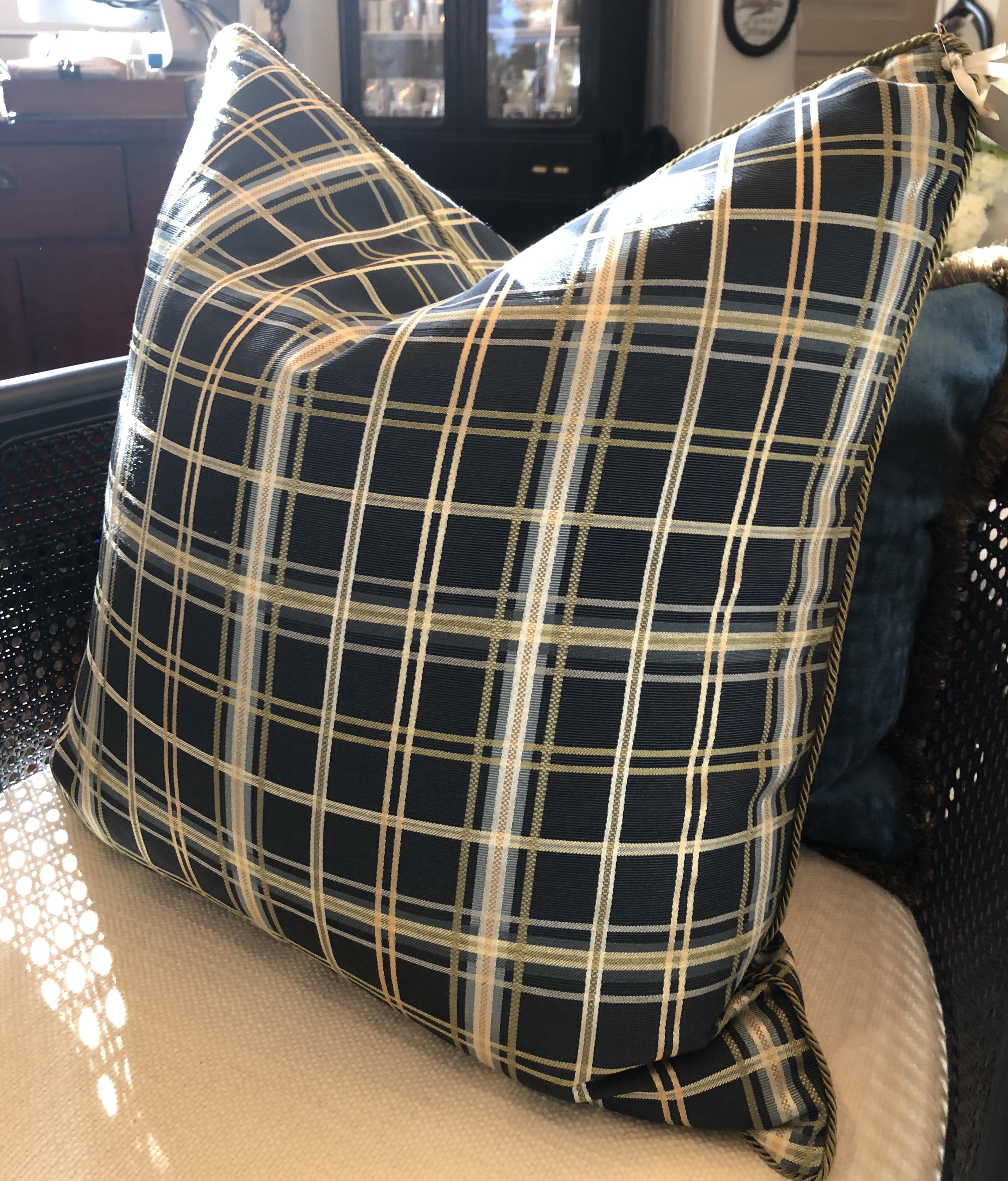 Custom Designer Plaid Cushion with Cordi
