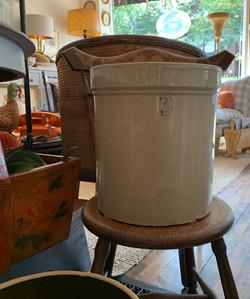 Vintage 3 Liter Stoneware Crock
