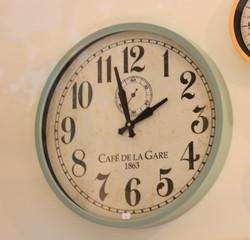 Round Metal Clock in Mint Green