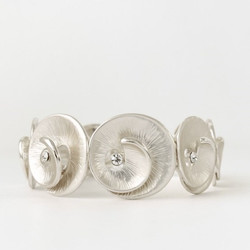 Silver Metallic Swirl Bracelet_edited
