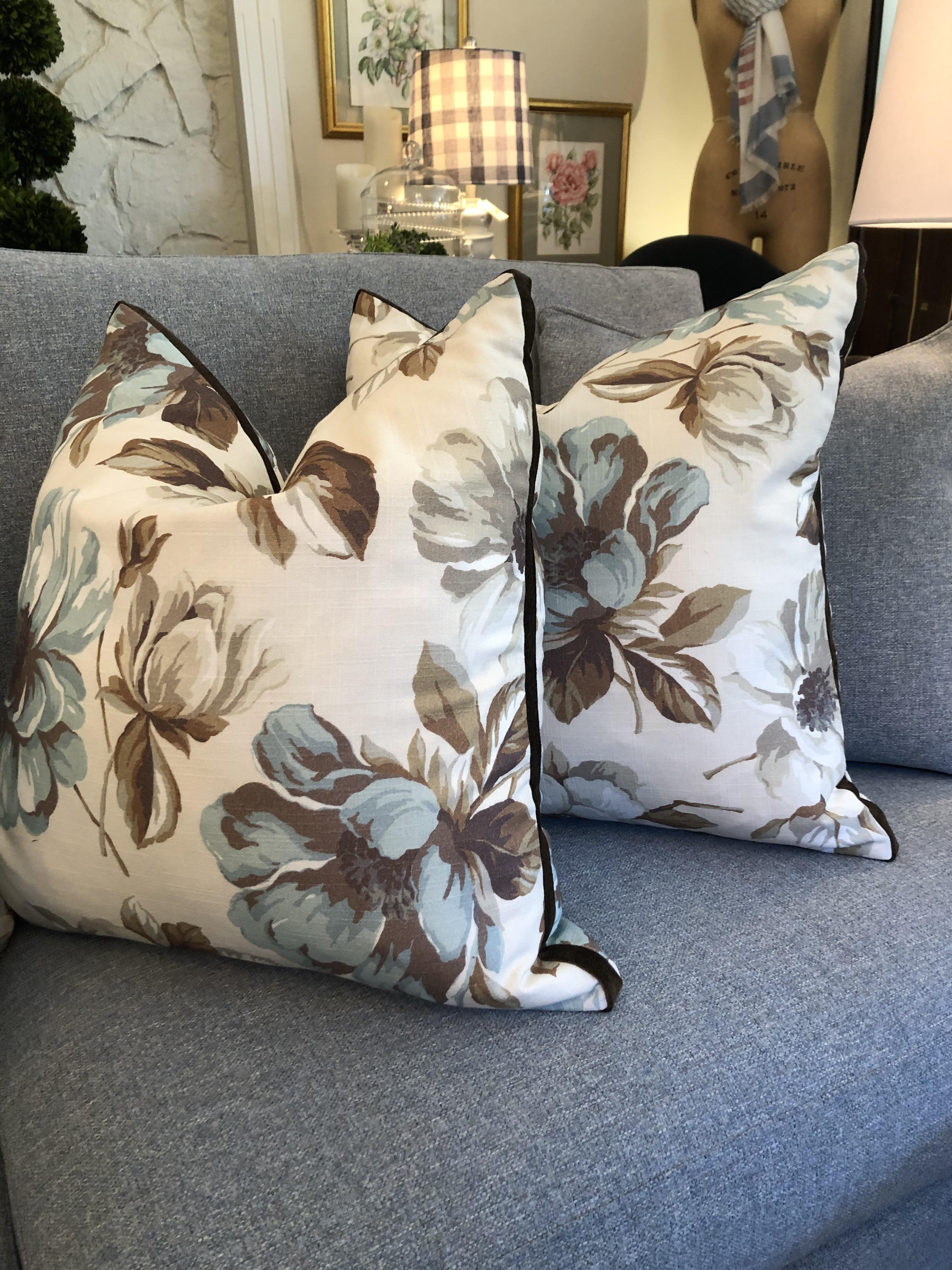 Custom Cushion w/ Tuxedo Edge