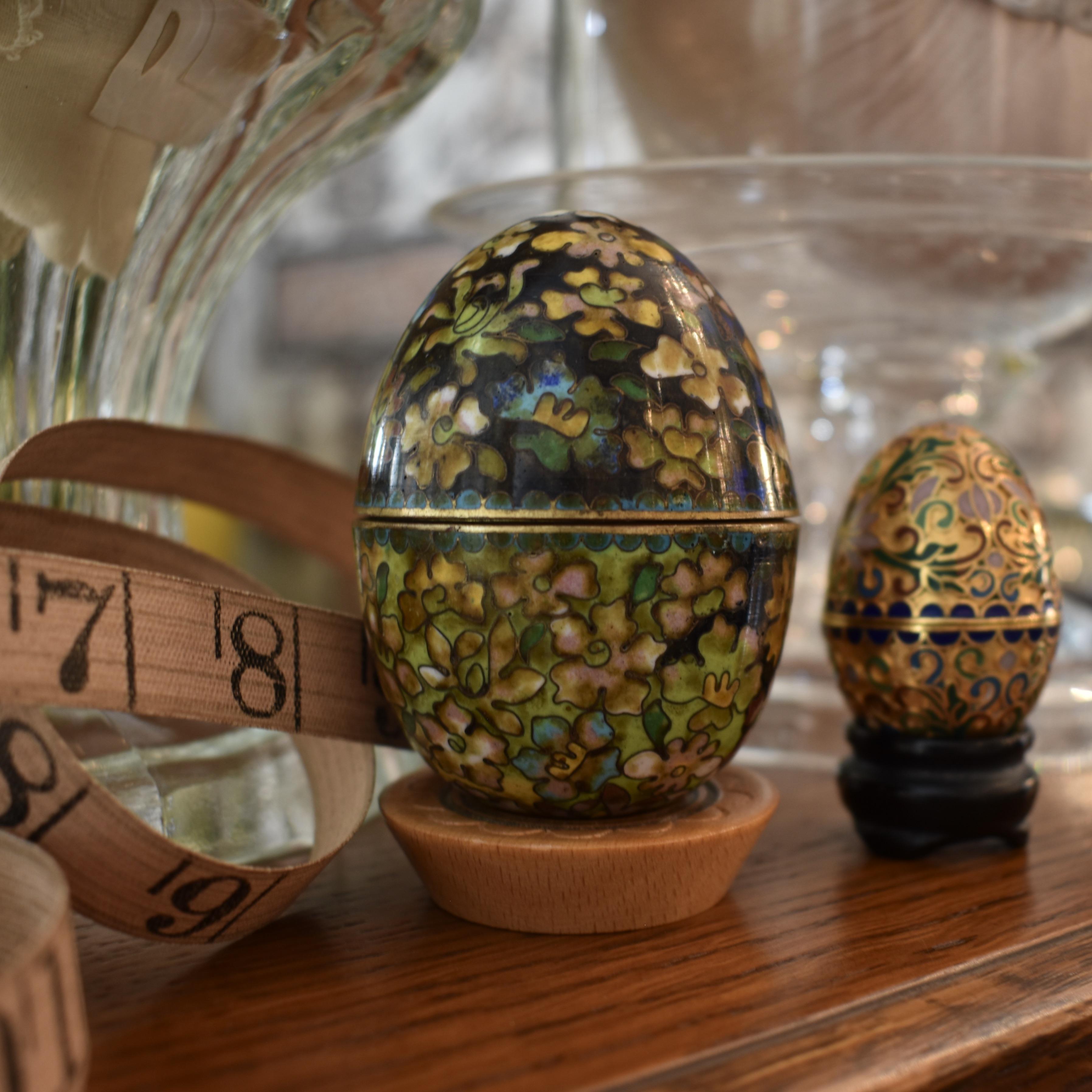 Vintage Asian Cloisinee Eggs