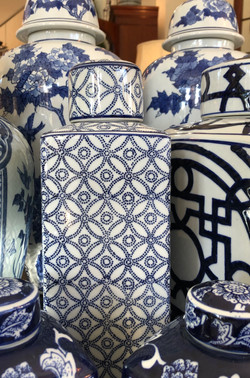 Small Modern Blue and White Ginger