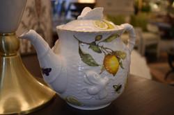 Bee and Lemon 6 Cup Teapot