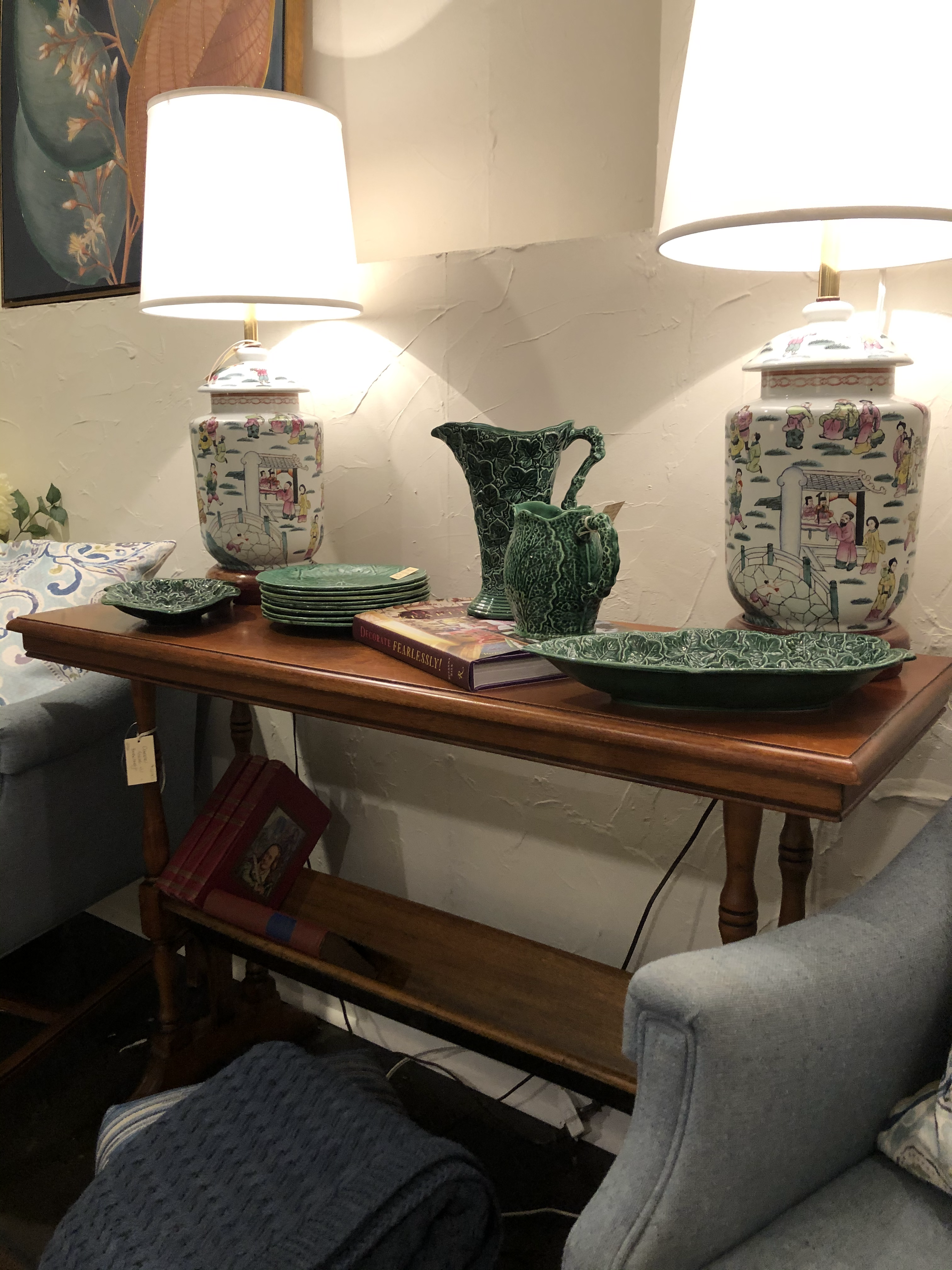 Vintage Console Table with bookshelf