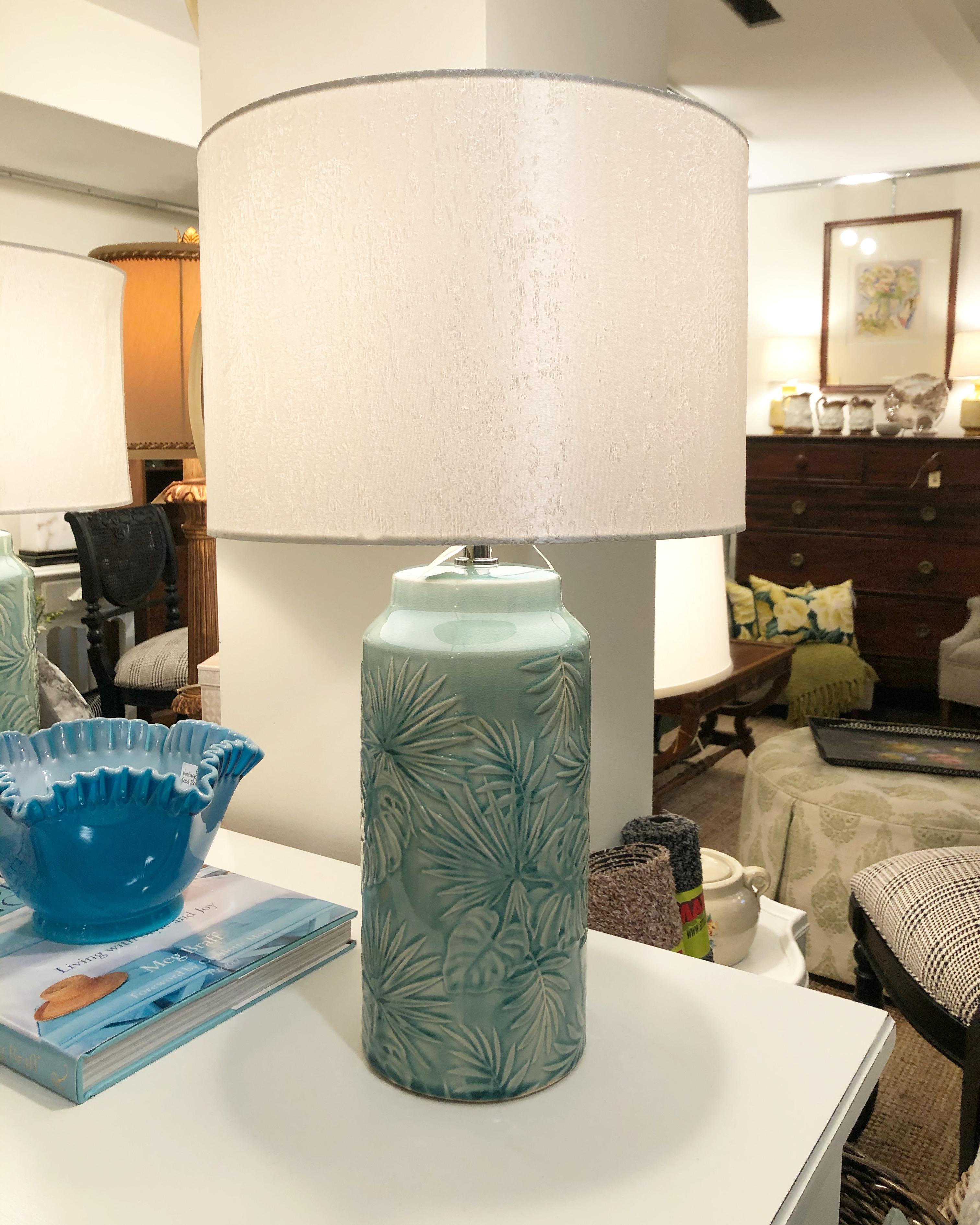 Turquoise Blue Leaf Lamp