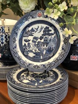 Blue Willow Dinnerware