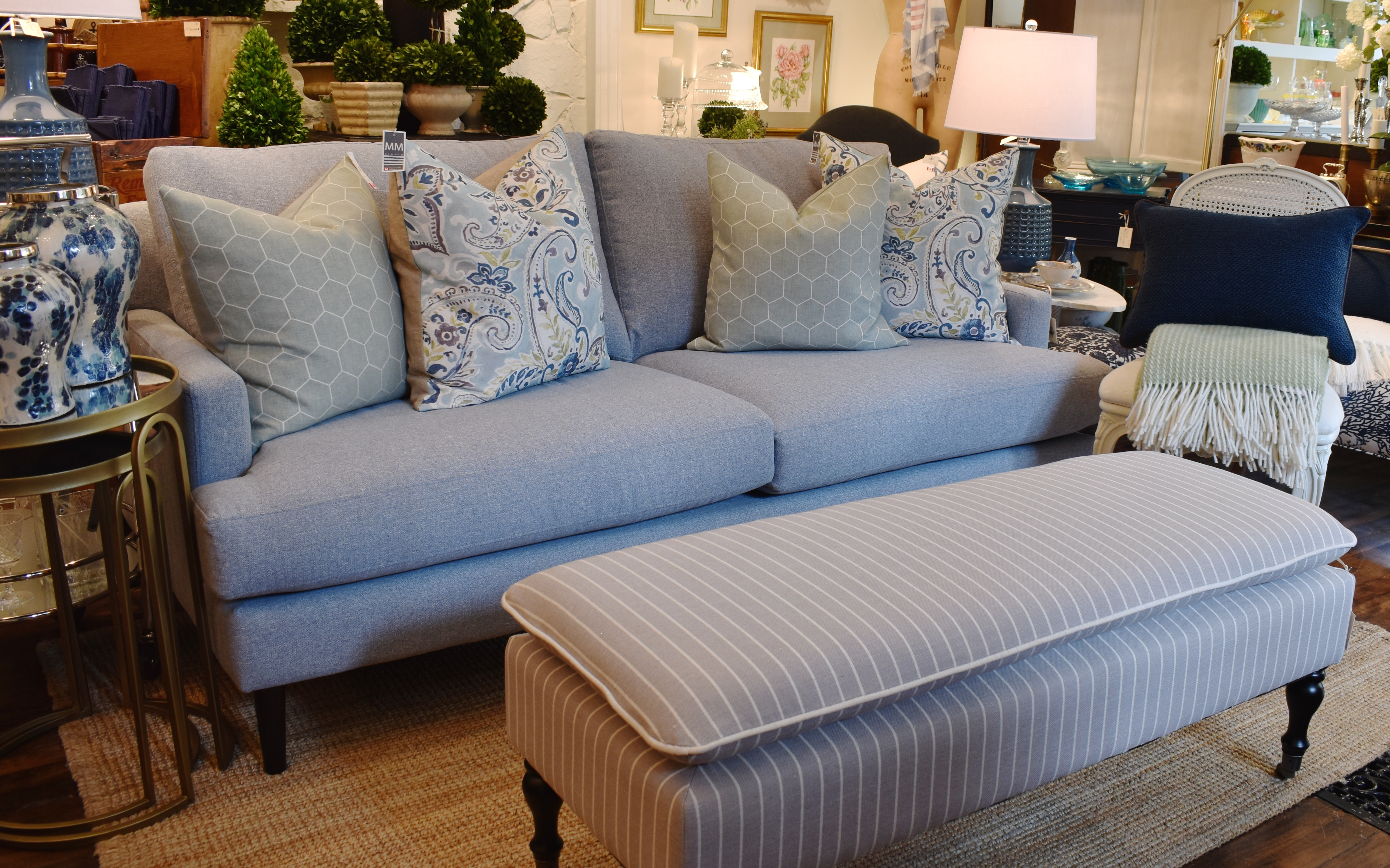 "Statum Designs "" Becka ""Apartment Sofa"