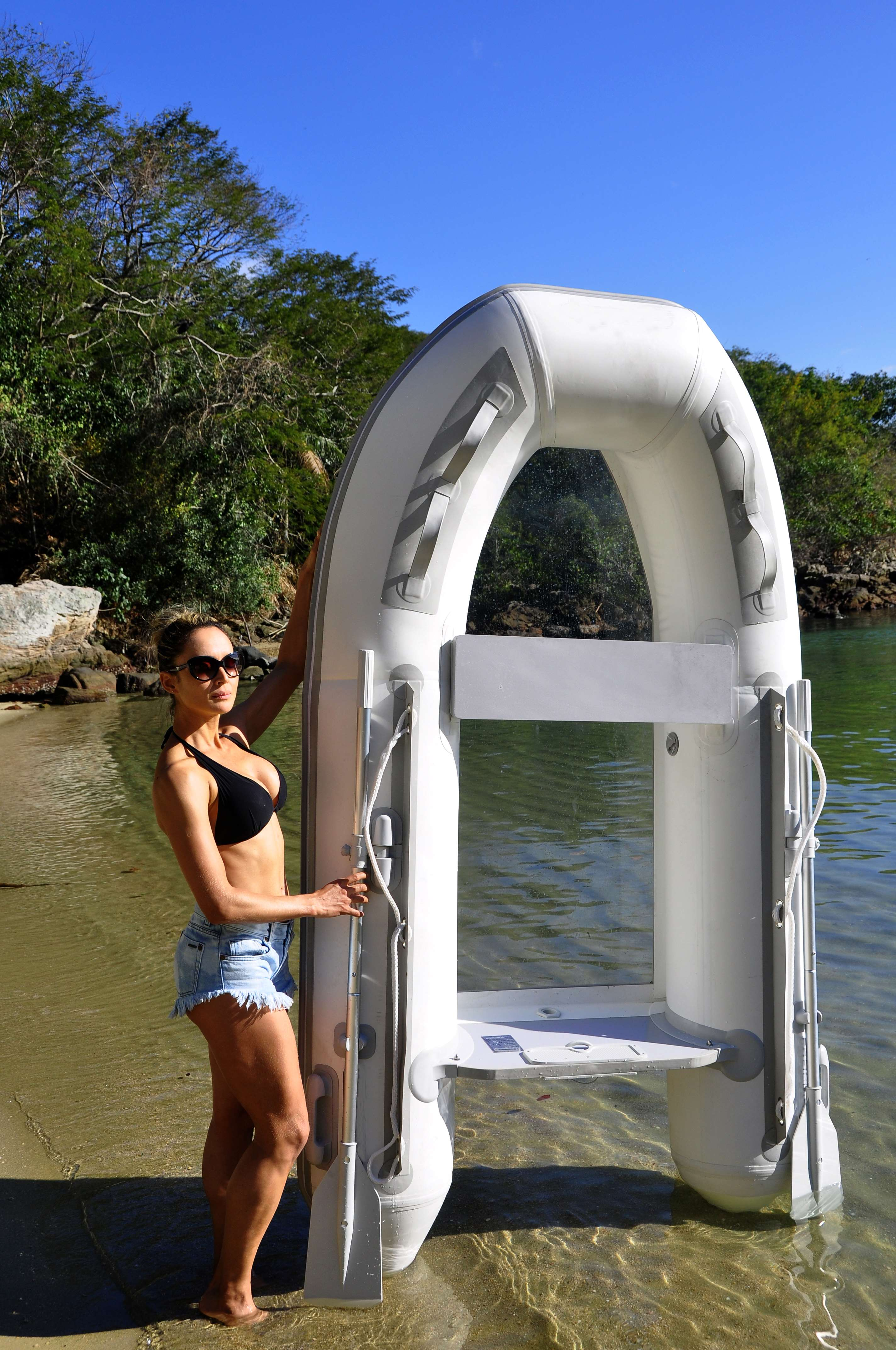 Transparent bottom inflatable boat