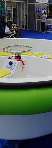 HULA BOAT - water carousel