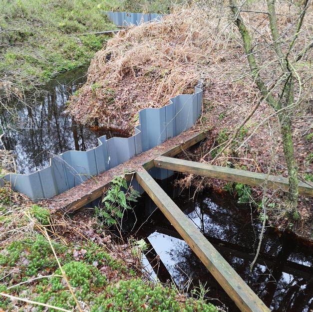 Plastic Dam.jpg