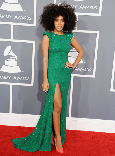 161402611-solange-knowles