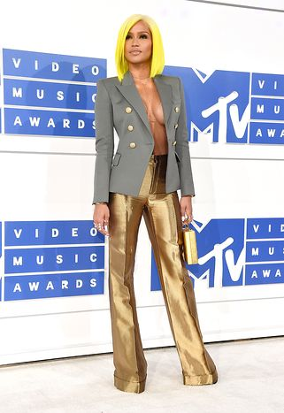 cassie-2016-mtv-video-music-awards-red-carpet