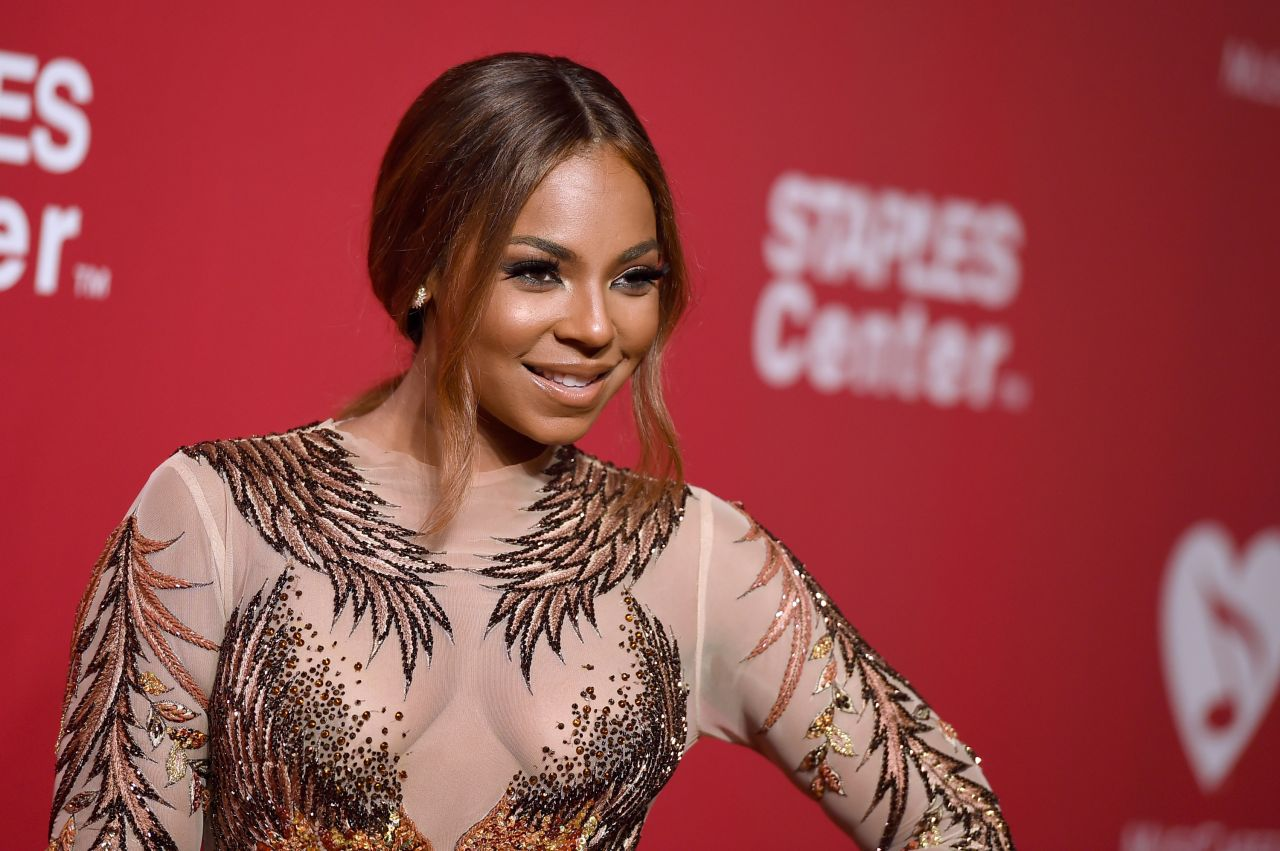 ashanti-2016-musicares-person-of-the-year-in-los-angeles-2