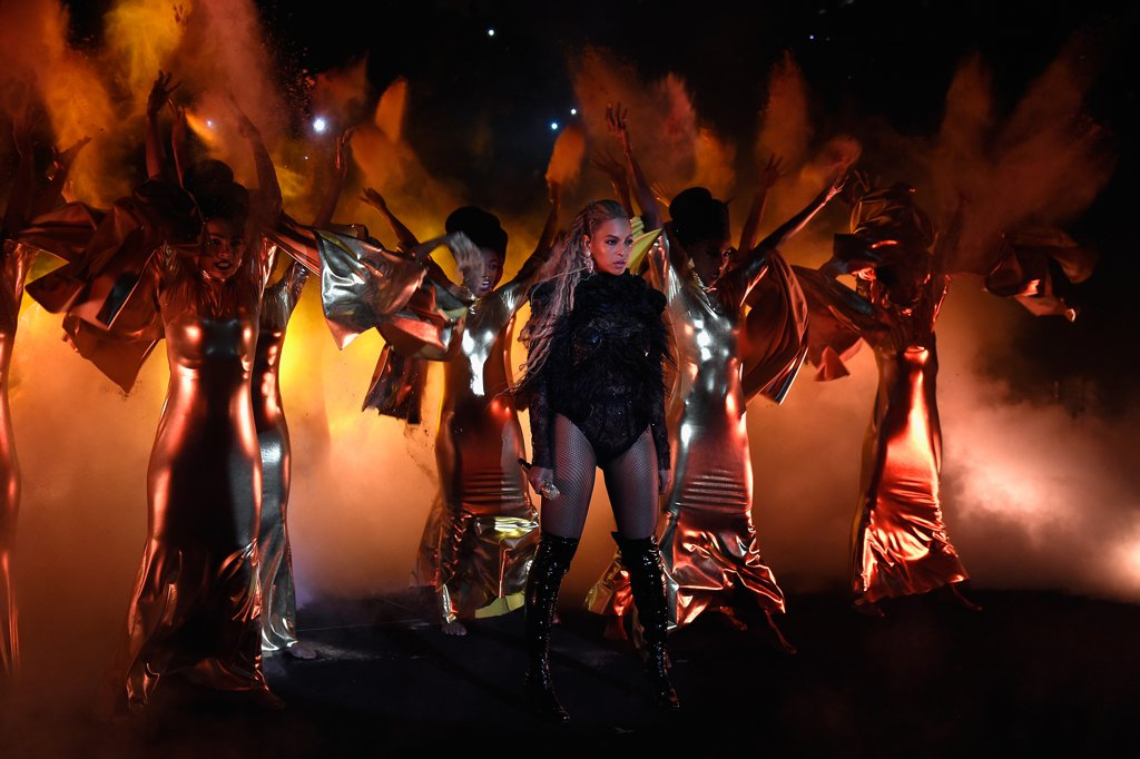 Beyonce-Performance-Pictures-2016-MTV-Video-Music-Awards2