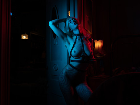 Crushes, Duos, Threesomes, Group Sex: What it's really like to be a (bisexual) kinky London escort