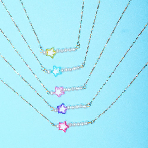 Collier Poochis