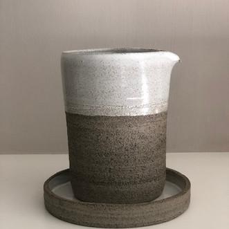 Karaf Grey White