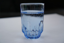 a-glass-of-water-2205146_1920
