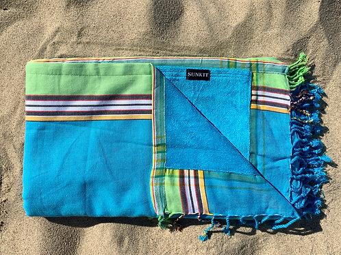 kikoy beach towel turquoise green with a smart pocket