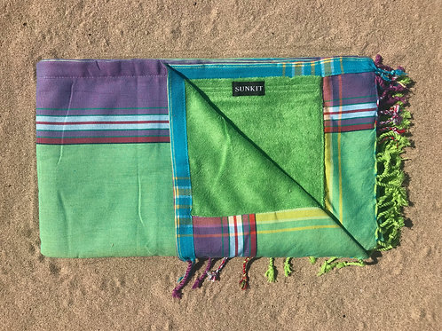 kikoy beach towel green with a smart pocket