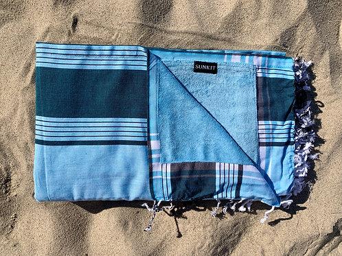 kikoy beach towel light blue with a smart pocket