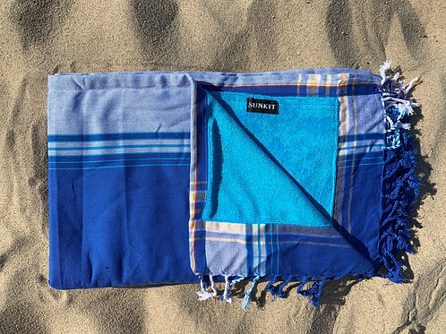 Sunkit kikoy beach towel blue with a smart pocket