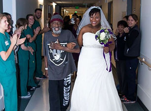 surprise-hospital-wedding-02-ht-thg-1711