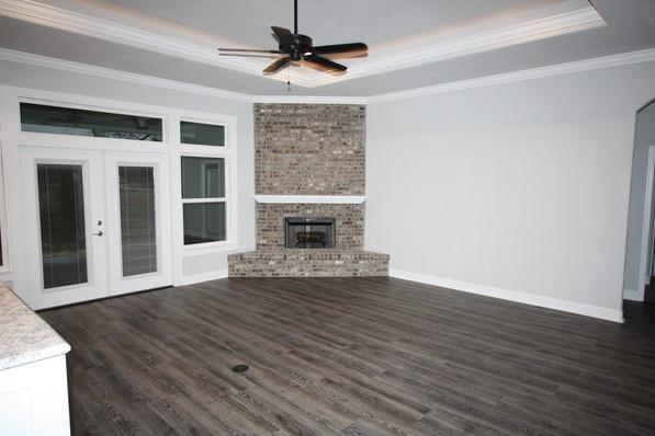 9283 (04) Living Room.JPG