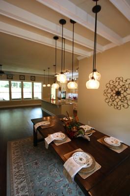 9252 (09) Dining Room.JPG
