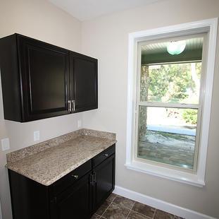 9259 (10) Laundry Room.JPG