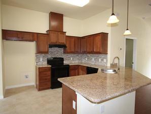 1028 Kitchen