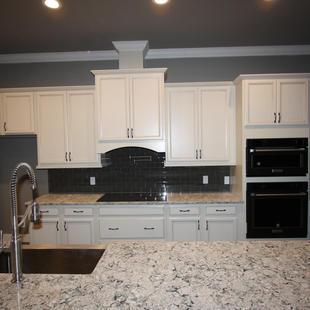 9284 (06) Kitchen.JPG