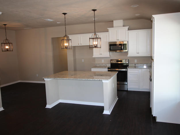 9270 Kitchen and Dining Room