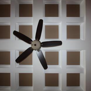 9251 (09) Living Room Ceiling.JPG
