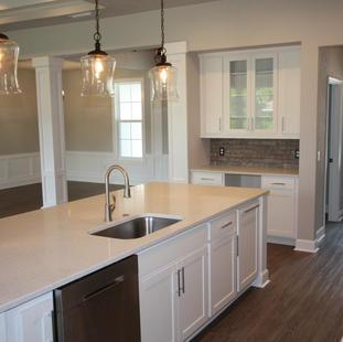 9289 (04) Kitchen.JPG