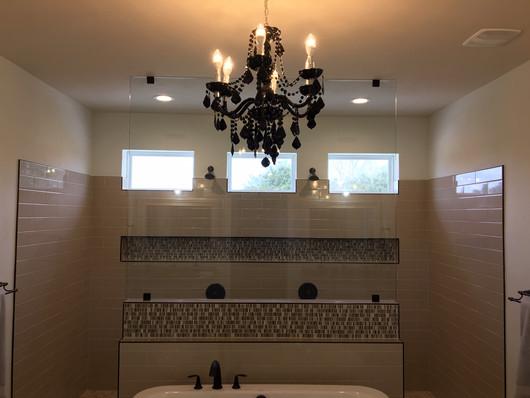 9292 (15) Master Bathroom.JPG