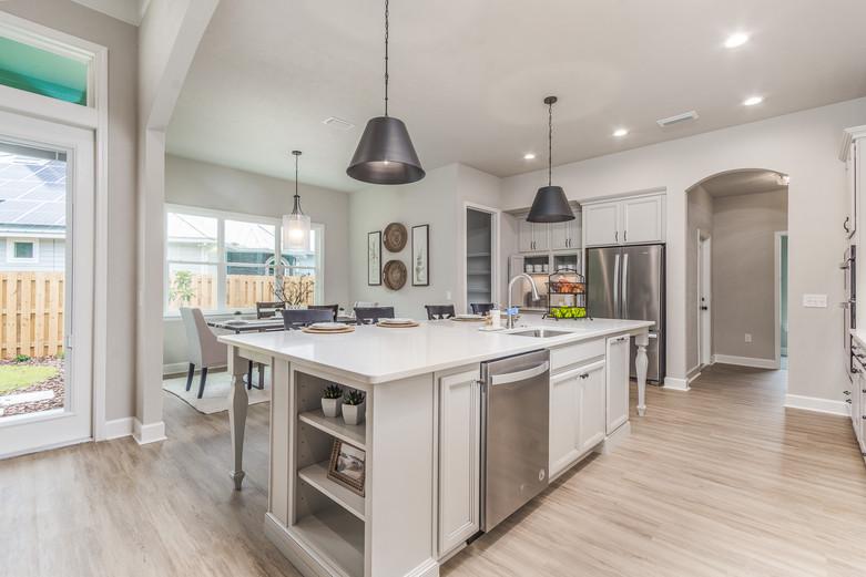 Augusta 09 Kitchen