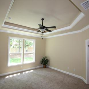 9252 (18) Master Bedroom.JPG