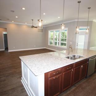 9299 (12) Kitchen.JPG