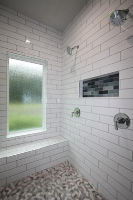 9316 (00) Master Shower.JPG